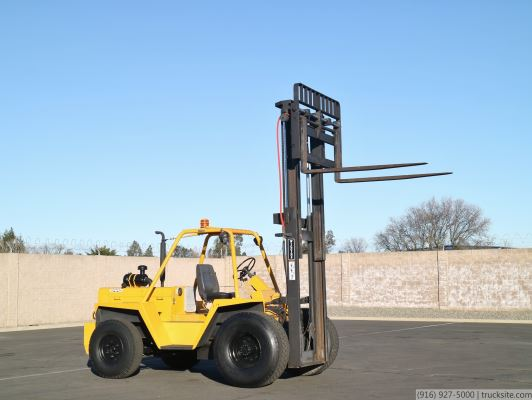 Wiggins WG80ST Rough Terrain Gas Forklift