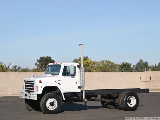 1988 International S1854 4x4 Cab & Chassis