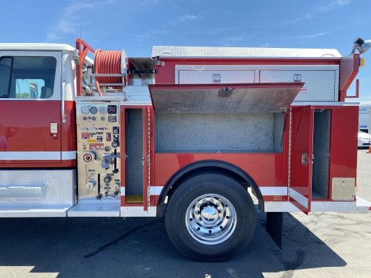 1994 International 4800 4x4 Type 3 500/500/15 Fire Pumper