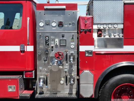 2000 International 4900 1000/500/25 Type 2 Fire Pumper