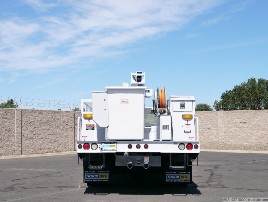 2001 Ford F550 Altec AT37-G 42' Articulated Bucket Truck