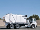 2005 Autocar Heil Rapid Rail Side Load Garbage Truck
