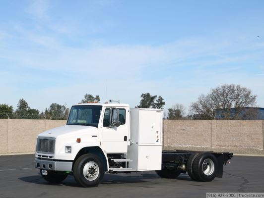 2005 Freightliner FL70 CNG Powered Cab & Chassis