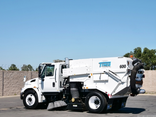 2006 International Tymco 600 Vacuum Air Street Sweeper