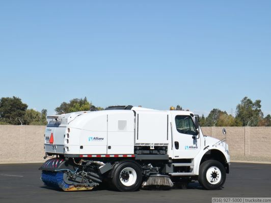2007 Freightliner Allianz MS350 CNG Broom Street Sweeper