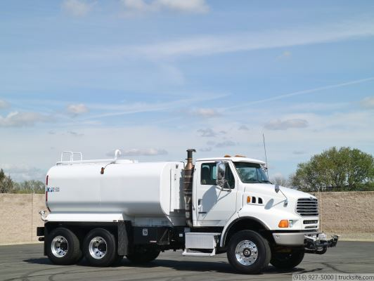 2007 Sterling L9500 Klein Products 3000 Gallon Water Truck
