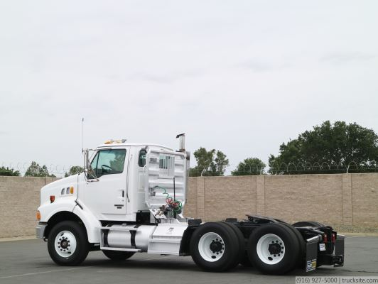 2007 Sterling AT9500 Day Cab Tractor