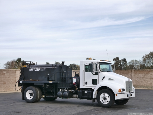 2008 Kenworth T300 PB Loader Asphalt Patcher Truck