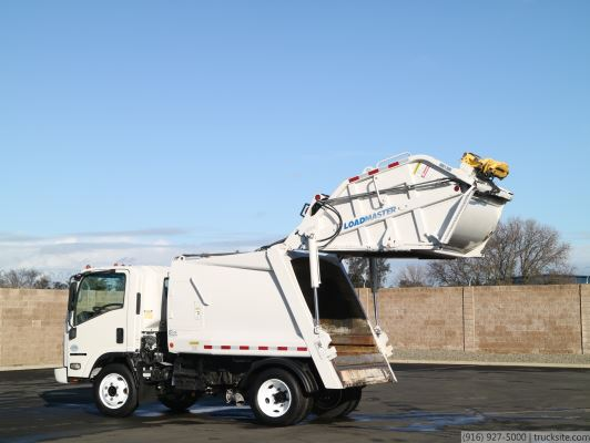 2009 Isuzu NQR Loadmaster Elite 6 Yard Rear Loader