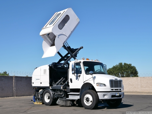 2010 Freightliner Johnston MS350 CNG Broom Street Sweeper