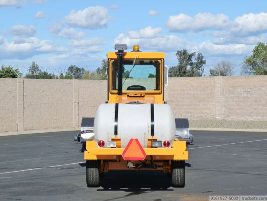 2010 LeeBoy Challenger V Broom Sweeper