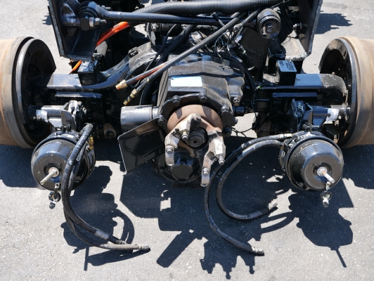Meritor/Rockwell RT 40/145P Tandem Rear Axle & Ridewell Suspension