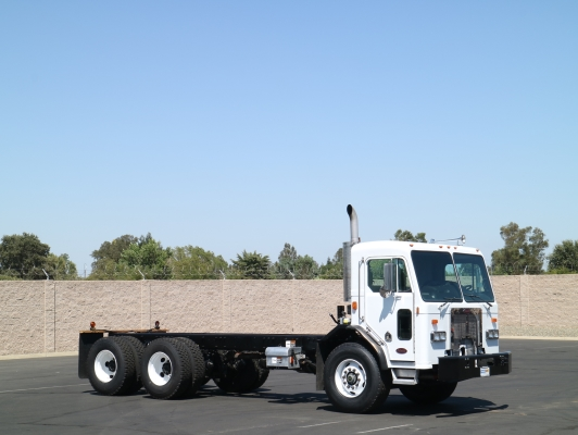 2007 Peterbilt 320 Tandem Axle Cab & Chassis