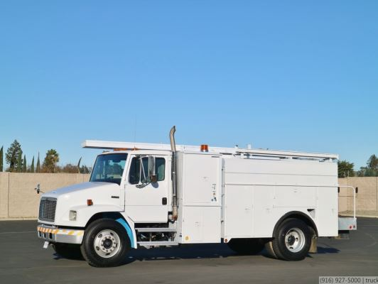 /ProxyImage?path=2005 Freightliner FL70 CNG Utility Truck for Sale | TruckSite.com
