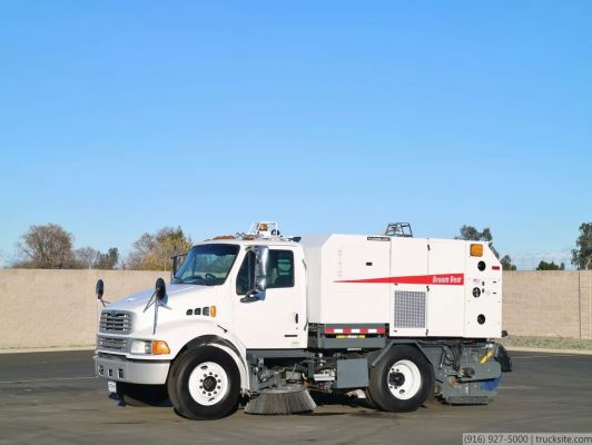 /ProxyImage?path=Used 2007 Elgin Broom Bear CNG Sweeper for sale | TruckSite.com