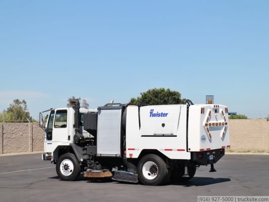 2007 Sterling SC8000 Schwarze A8000 High Dump Street Sweeper