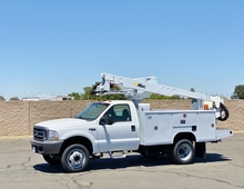1999 Ford F450 Altec AT35G Articulating Bucket Truck