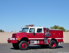 2000 International 4900 4x4 500/500/25 Type 3 Fire Pumper