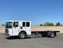 2000 HME 1871 Series Crew Cab & Chassis