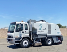 2004 GMC Tennant Centurion Broom Street Sweeper
