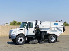 2007 International 4300 Tymco 600 BAH Air Street Sweeper
