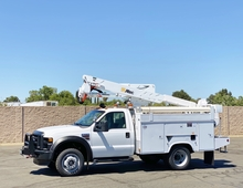 2008 Ford F550 4x4 Altec AT37G Articulated Bucket Truck