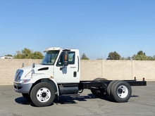 2008 International 4300 Cab & Chassis