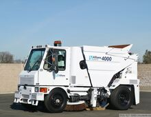2008 Allianz Johnston 4000 Broom Sweeper