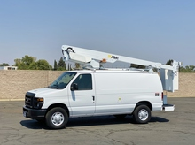 2009 Ford E350 Altec AT200AV Telescopic Bucket Van