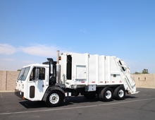 2008 CCC Low Entry Pak-Mor 25 Yard Rear Loader